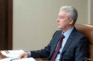 В Москве школьники 6–11-х классов на ближайшие две недели переходят в дистанционный режим обучения – Собянин