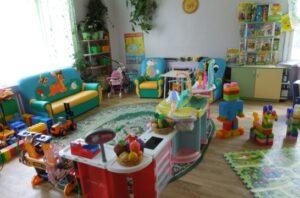 В детских садах образованы группы для детей, чьи родители сейчас работают – Кравцов